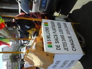 Lutte contre l'utilisation de sachets plastique à Dakar 5