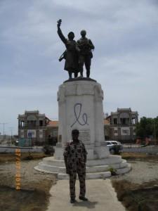 Monument en souvenir du tirailleur sénégalais (2)