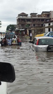 Inondation_cotonou_2[1]
