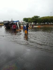 Inondation_cotonou_6[1]