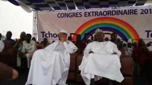 Le prmier ministre à gauche investit candidat du parti PRD de me Houngbédji Adrien, président de l'assemblée nationale, le samedi 30 janvier 2016 à Porto Novo